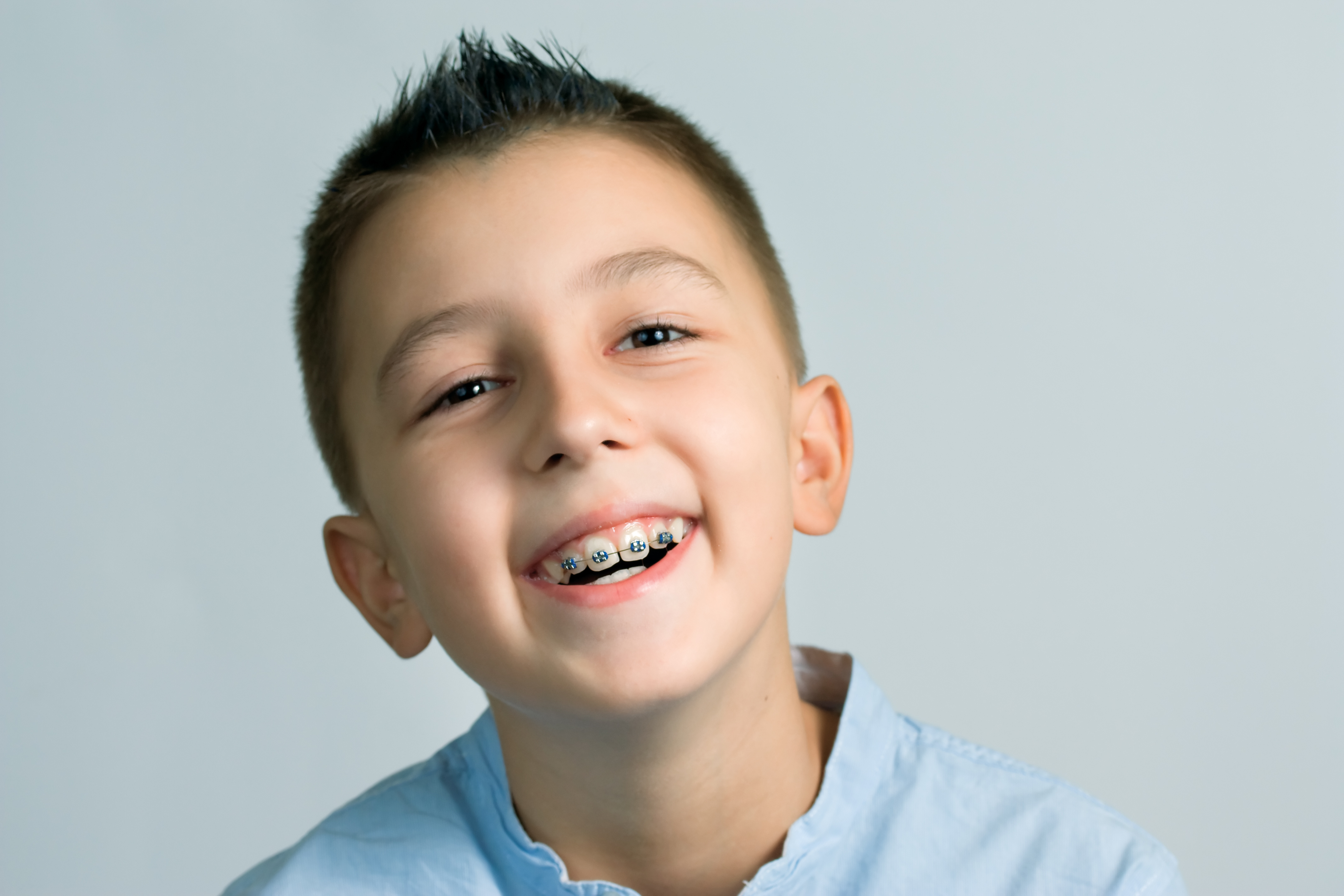 Protecting Your Pearly Whites While Wearing Braces |