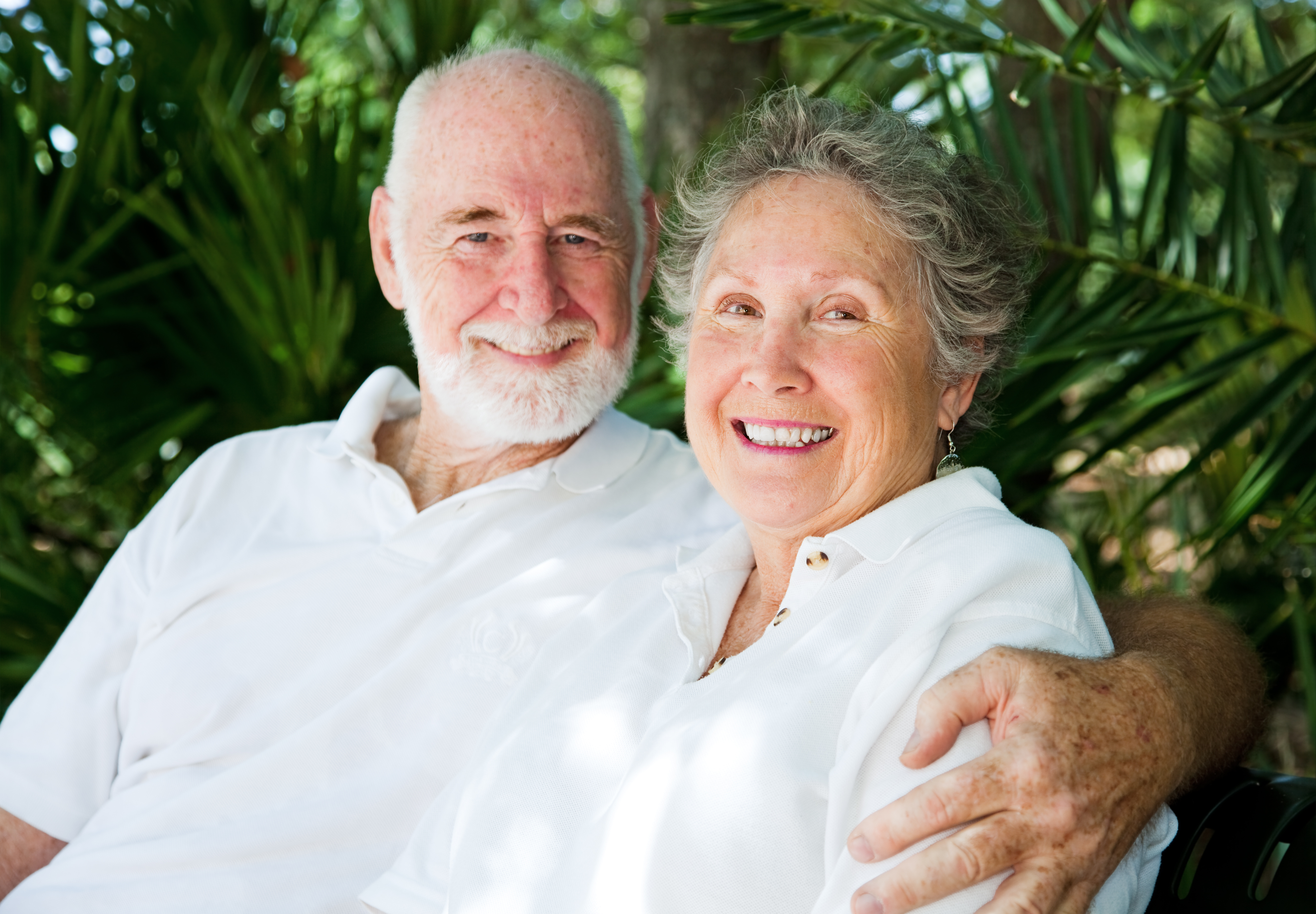Cosmetic Dentistry for Seniors: All You Really Need to Know About It