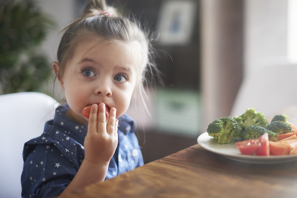 Early Eating Habits and Dental Health for Your Little Hero